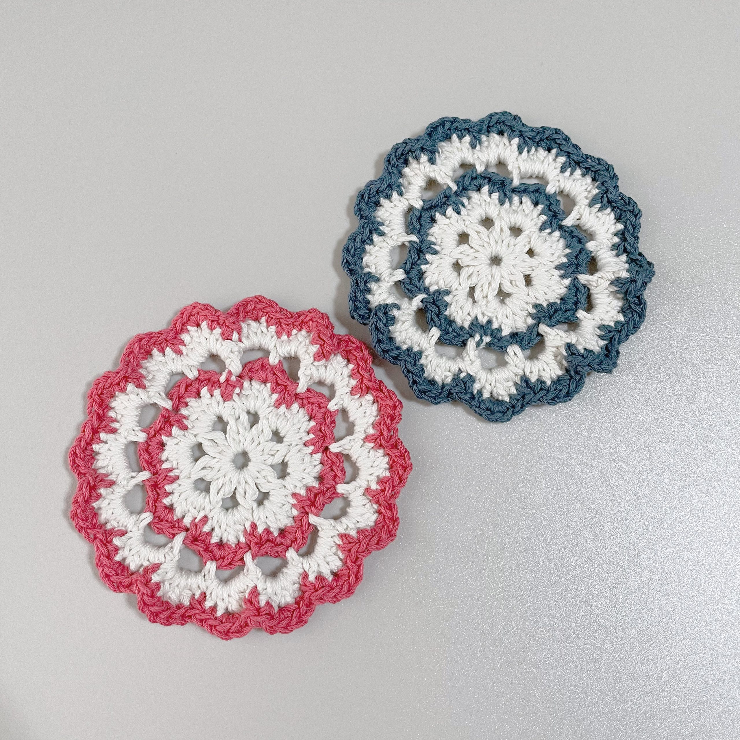 かぎ針編みお花のコースター